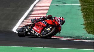 Pirro, con la Ducati GP20 en Misano.