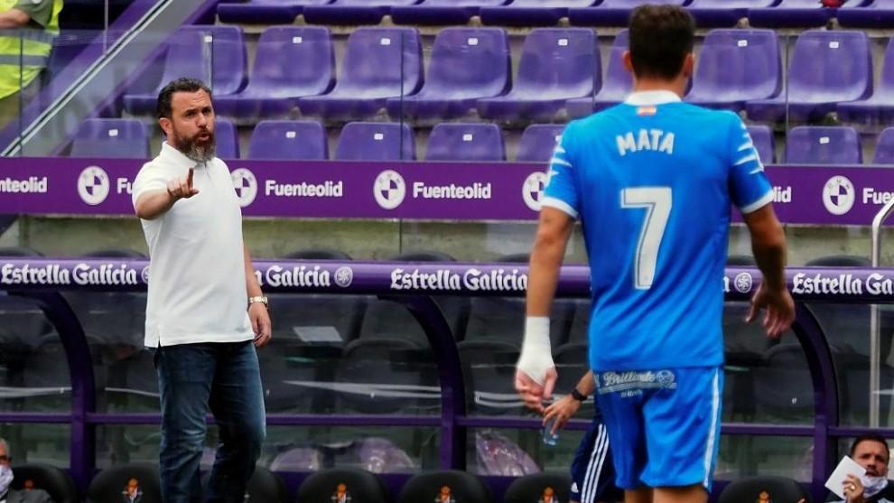 Jaime Mata con Sergio González al fondo.
