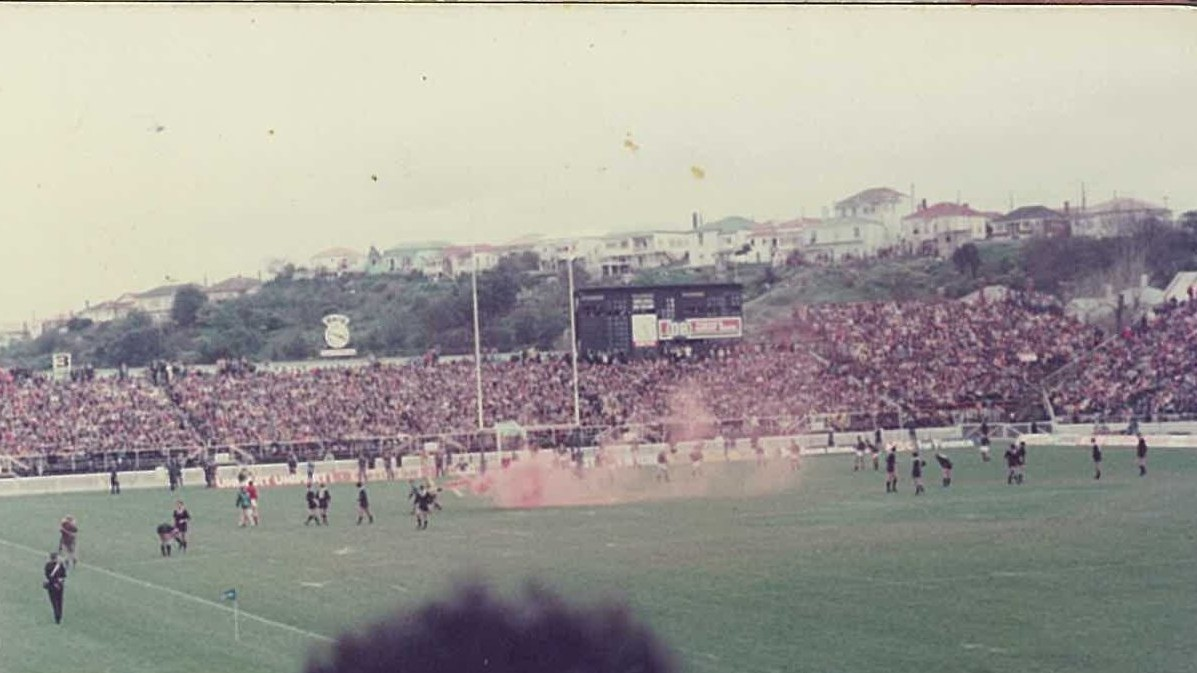 Gira de Sudáfrica por Nueva Zelanda en 1981. Disturbios antes de un...