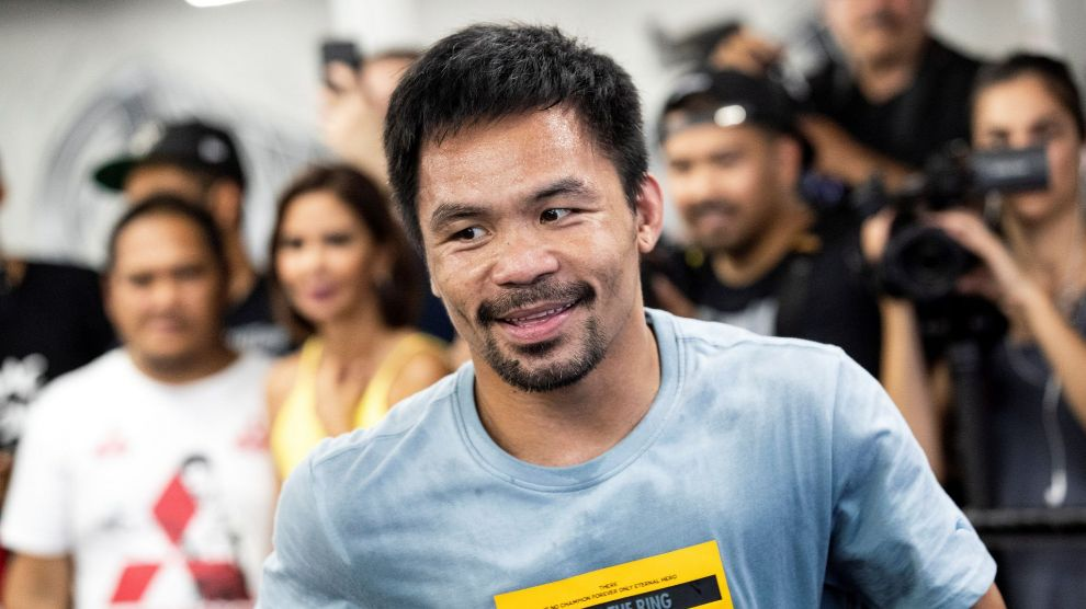 Los Angeles (United States), 10/07/2019.- Filipino Senator and professional boxer Manny lt;HIT gt;Pacquiao lt;/HIT gt; (C) trains at the Wild Card Boxing gym in Los Angeles, California, USA, 10 July 2019. lt;HIT gt;Pacquiao lt;/HIT gt; will fight Keith Thurman on 20 July in Las Vegas. (Estados Unidos) EFE/EPA/ETIENNE LAURENT