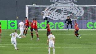 Y 528 días después, el Madrid marcó de falta: golazo de Ramos