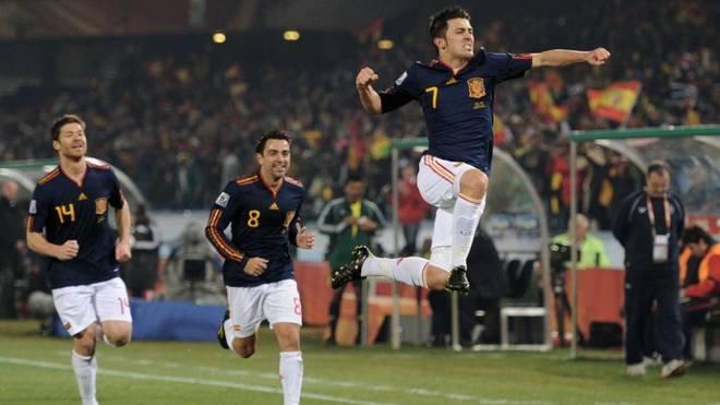 Villa celebra su gol ante Chile
