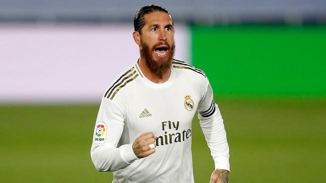 Sergio Ramos celebra su gol de falta ante el Mallorca
