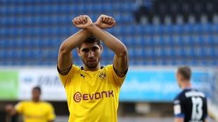 Achraf, en un partido del Borussia Dortmund.AF