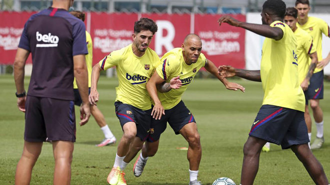 Setien calls up eight Barcelona academy players for Celta game