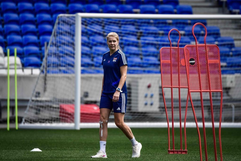Ada Hegerberg en un entrenamiento en el Decines Charpieu Groupama...