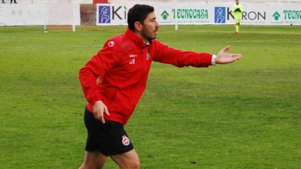 Javier Vázquez, durante un partido del Adarbe.