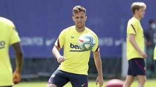 El jugador del Barcelona Arthur en un entrenamiento.