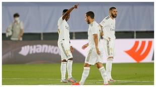 Vinícius, Hazard, y Benzema, ante el Mallorca.