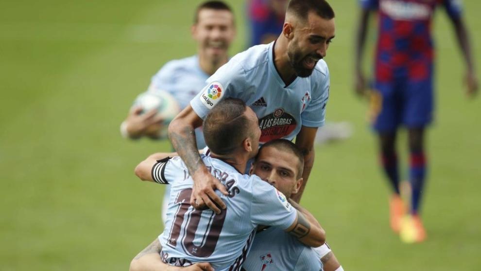 Smolov celebrando el gol ante el Barcelona