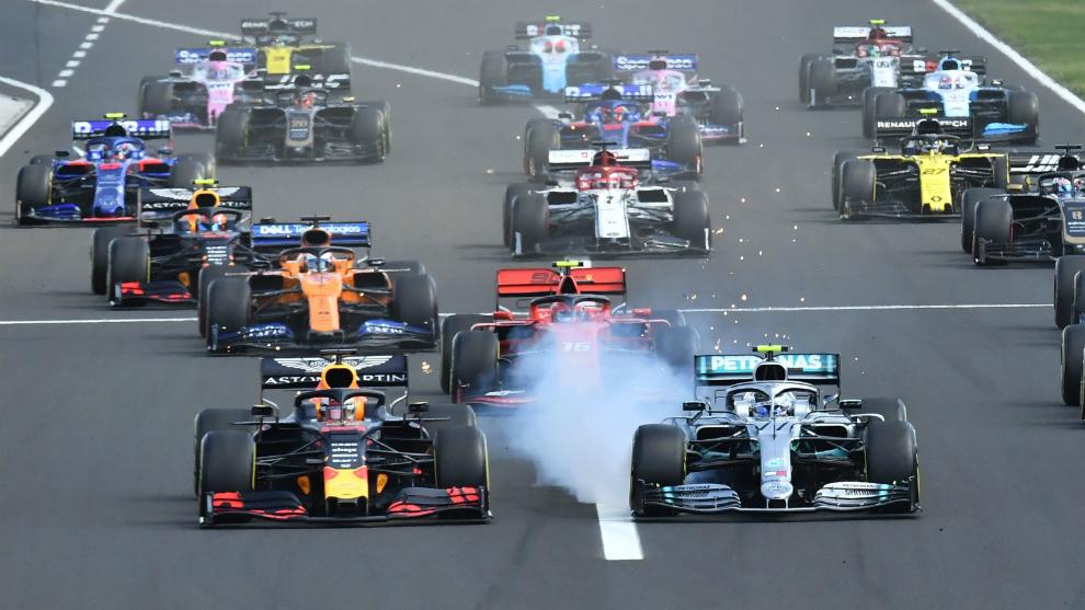 Verstappen y Bottas, en cabeza, por delante de Leclerc.