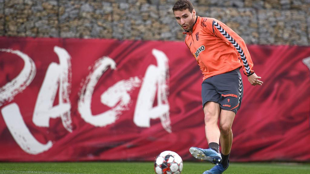 Barcelona have a 40 million euro buy-back option on Abel Ruiz