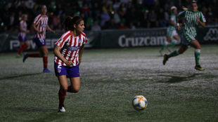 Kenti Robles, durante un partido de Copa frente al Betis.