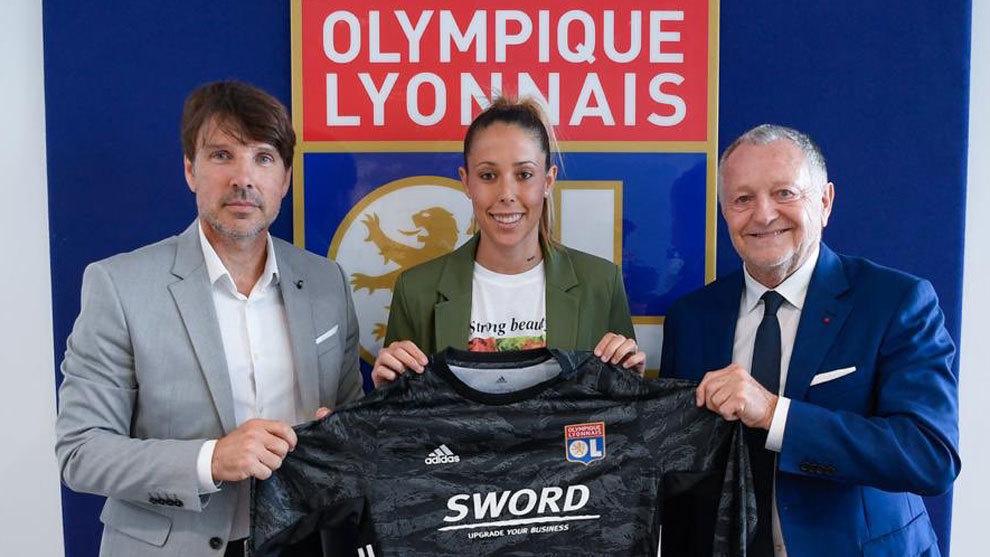 Lola Gallardo firma un contrato de dos años con el Olympique