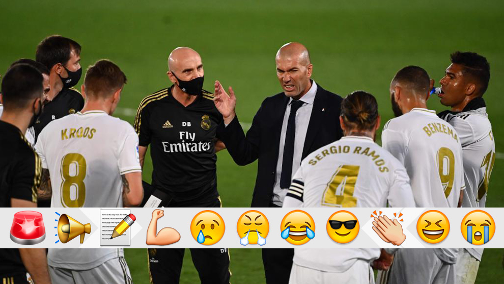 Zidane instructs his players.