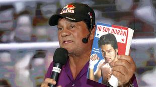 Roberto Durán, hace cuatro años en la presentación de su...