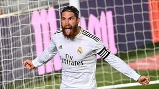 Sergio Ramos celebra su tanto al Getafe