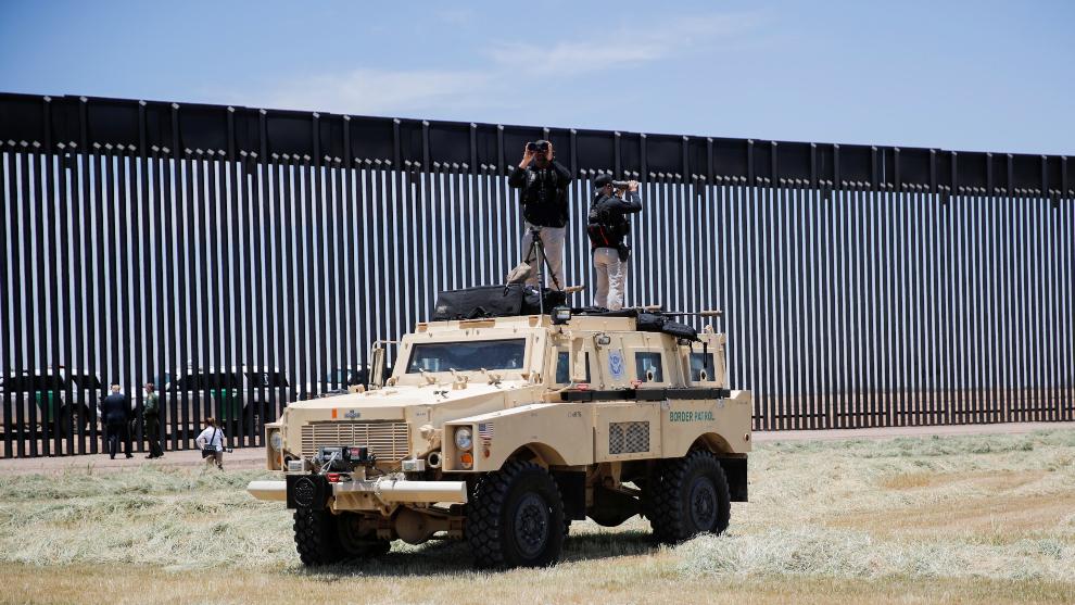 ¿Qué es el muro fronterizo virtual que pretende instalar Donald...