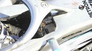 El volante de Hamilton en pretemporada cuando Mercedes estrenó el...