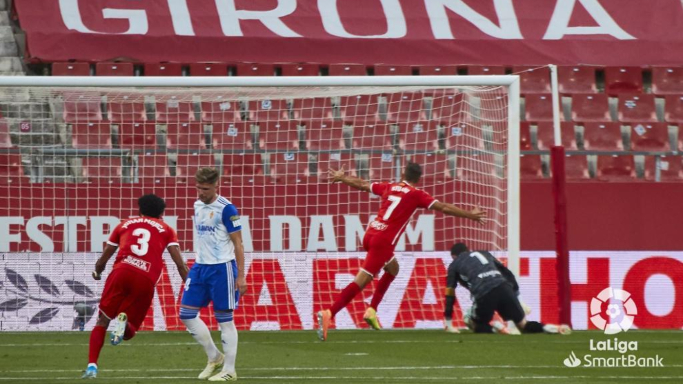 Stuani anota el gol del Girona.