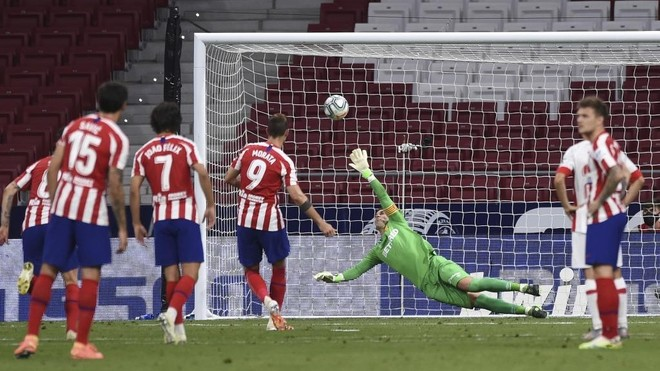 Morata scored from the spot on the second attempt.