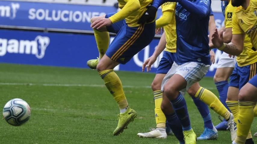 Cádiz - Oviedo: Horario y dónde ver hoy por TV el partido de Liga