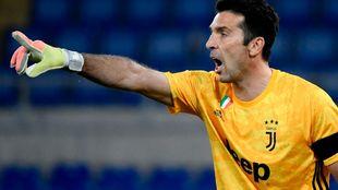 Buffon (42), con la Juventus.