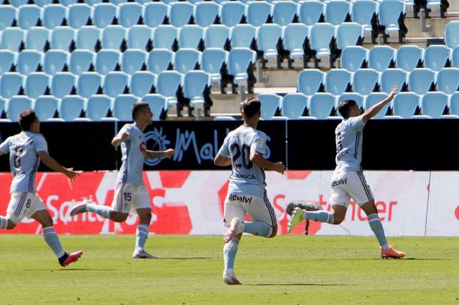 Nolito celebra el primer gol ante el Betis