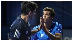 Lebón felicita a Galán, tras un punto en Madrid.