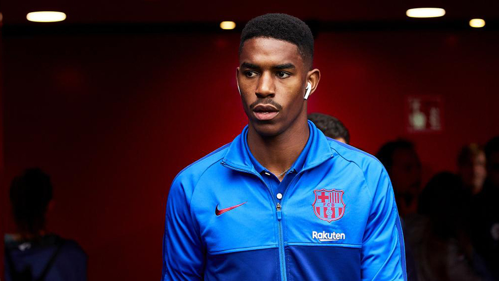 Injury rules Junior Firpo out of Villarreal trip