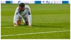 Hazard, el día que cayó lesionado ante el PSG.