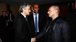 Sneijder y Mourinho en la gala del Balón de Oro