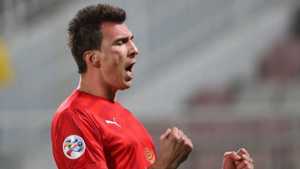 Mandzukic rescinds contract at Al-Duhail and becomes a free agent