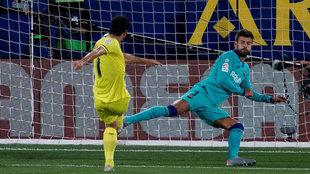 Gerard marca el gol del empate ante el Barcelona.