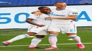 Malcom y Dzyuba celebran un gol contra el CSKA Moscú.