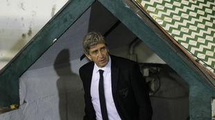 Manuel Pellegrini,como entrenador del Málaga en el Villamarín.