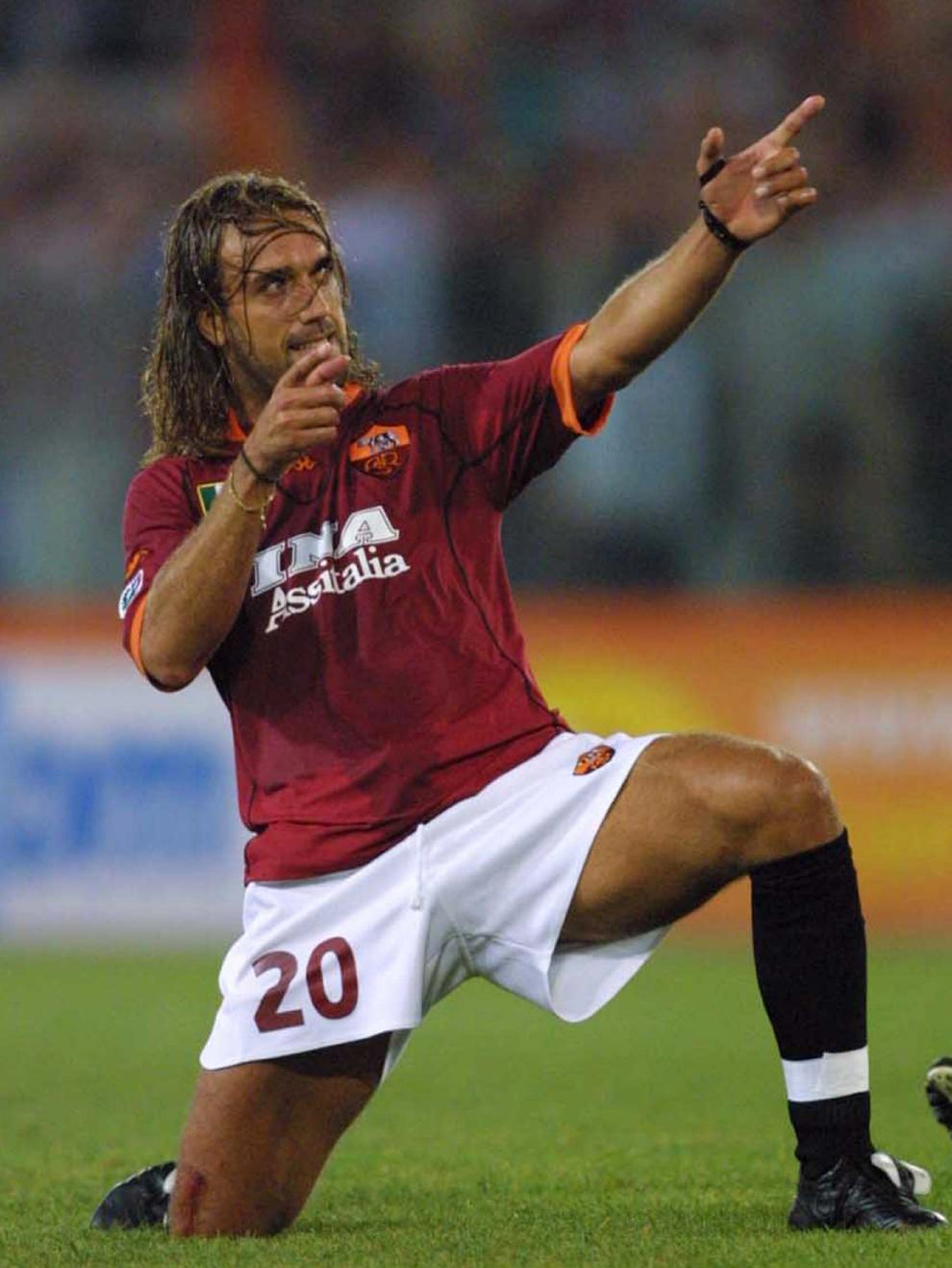 Batistuta jugando con la Roma en 2001