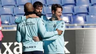 Calero, con Iturraspe y Naldo de espaldas, durante un entrenamiento.