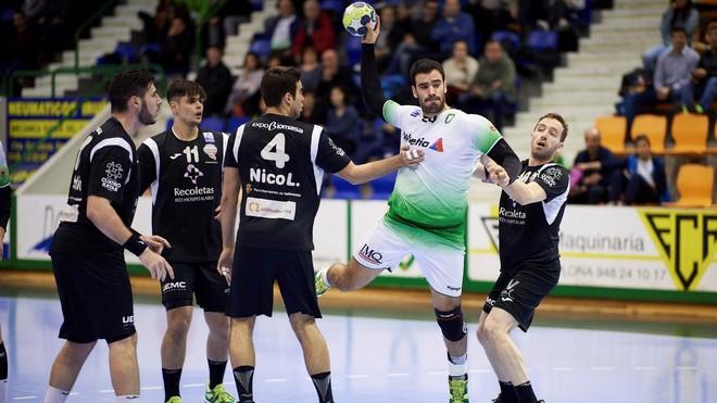 Ugarte, en un partido de Liga contra el que será su nuevo equipo, el...