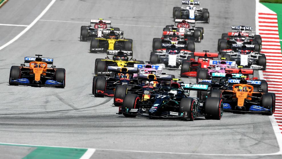 Bottas, liderando el Gran Premio de Austria 2020.