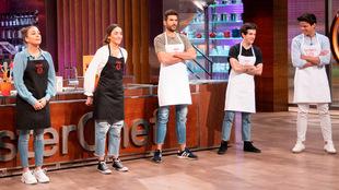 Los cinco finalistas de Masterchef 2020 en las cocinas del programa de...