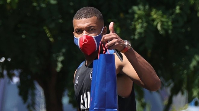 Kylian Mbappe at PSG training.