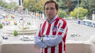 José Luis Martínez Almeida posa para MARCA.