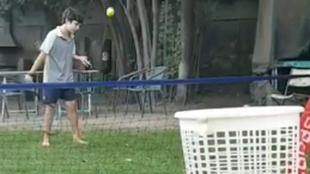 Las proezas virales del prodigio de 10 años del tenis chileno