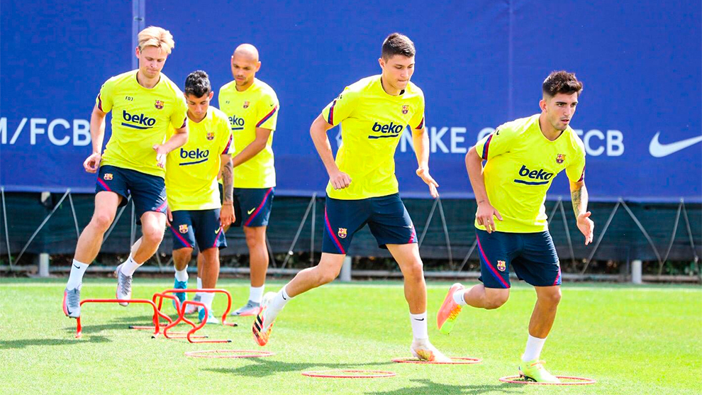 De Jong and Firpo train with the group and could travel to Valladolid