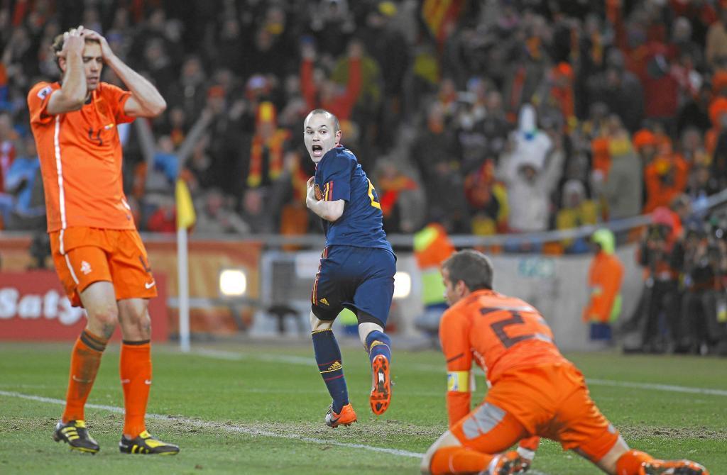 Andrés Iniesta celebrando el gol ante Holanda  en la final del...