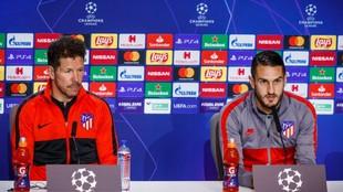 Simeone y Koke, en una rueda de prensa de Champions.
