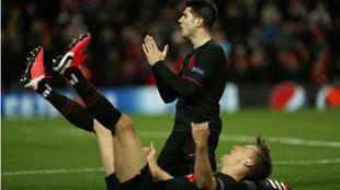 Morata y Llorente festejan el tercer y último gol del Atlético en...
