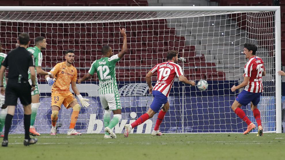 El VAR no anula a Costa y el Atlético ya es de Champions