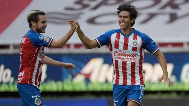 Chivas vence al Mazatlán y se instalan en la siguiente ronda.
